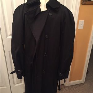 Jos A Banks men black trench coat size 42 Regular